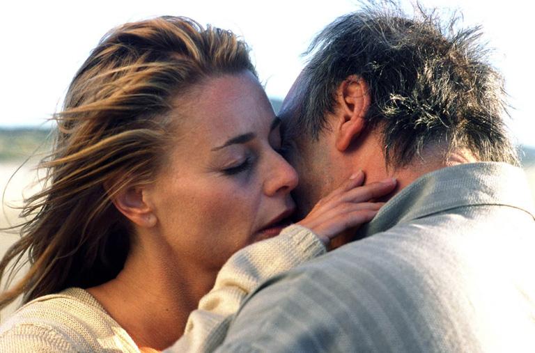 mennyi ideig volt a randevú a házastárs halála után