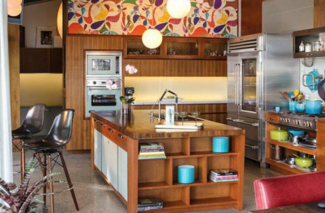Inkább a konyhai kiegészítőkben fedezhető fel a retró stílus