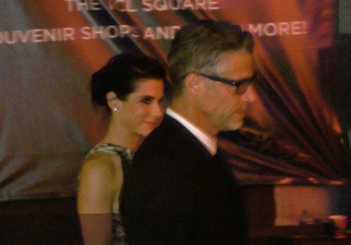 Sandra Bullock első szerelmes fotói új párjával