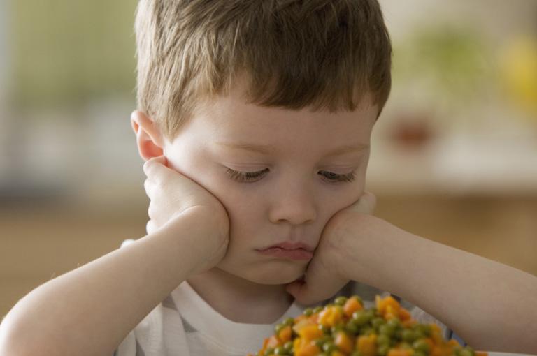 Éhes gyerekek, felháborodott szülők, titkos sótartók – ez a menza reform