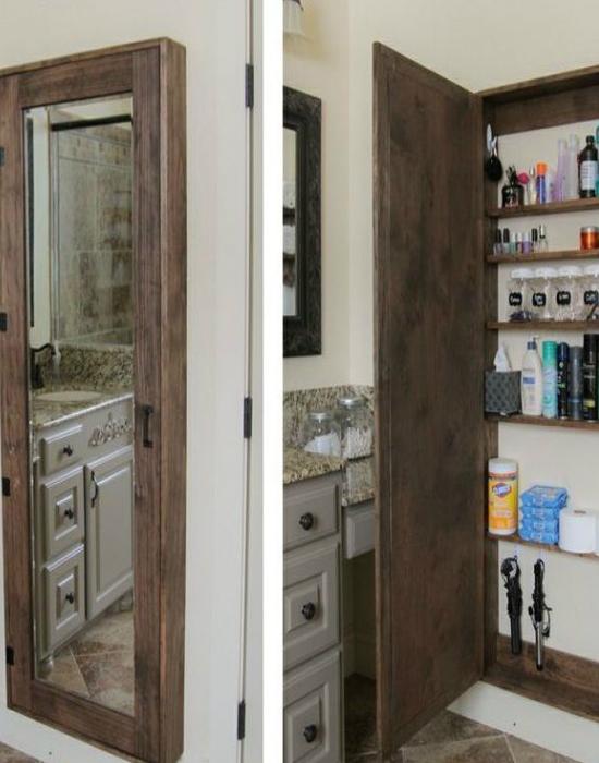 A beépített szekrények valóban jól jönnek a fürdőszobába, hiszen sok minden elfér bennük. Sőt, rendkívül hasznos lehet, ha tükrös a szekrényünk, hiszen nagyobbítja a teret.