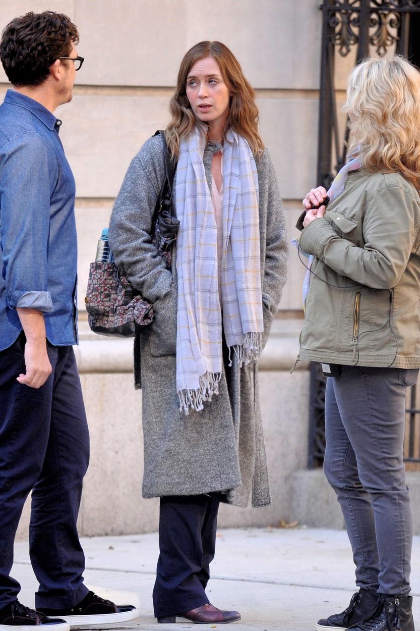 Alkoholista nőt játszik Emily Blunt A lány a vonaton filmváltozatában