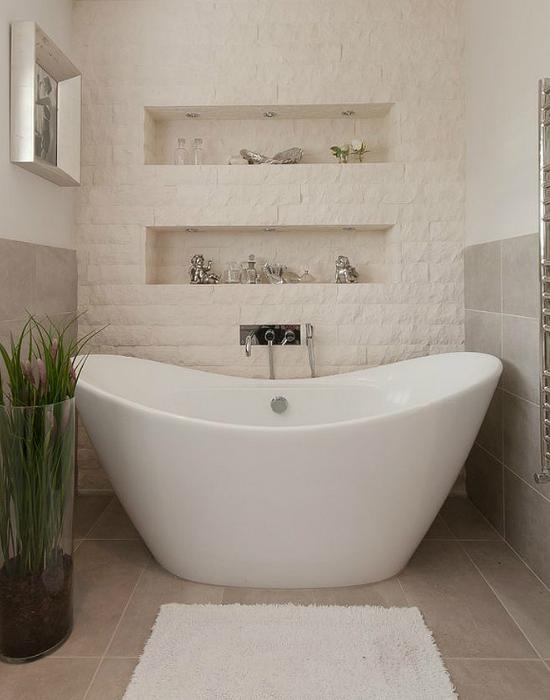10 gyönyörű kőfallal borított fürdőszoba – fotók