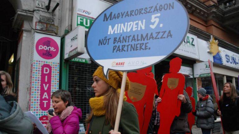 16 Akciónap a nőket érő erőszak ellen