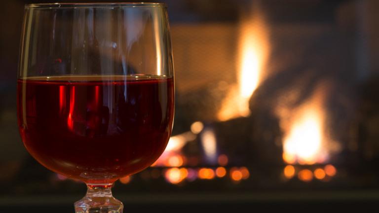Új betegség: vörösbor fejfájás