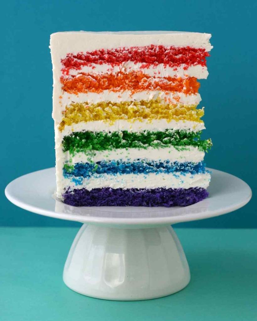 Meglepetések, amiket elrejthetsz egy torta belsejében - képek