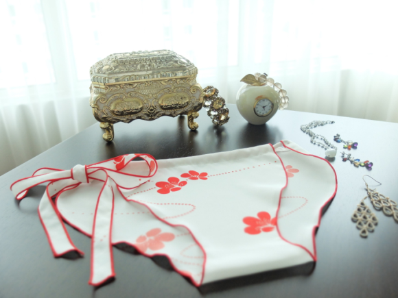Vigyél japán tradíciót ruhatáradba a kimonó-bugyival
