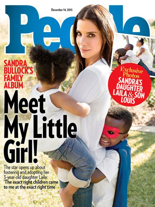 Így ünnepli két gyerekkel a karácsonyt Sandra Bullock