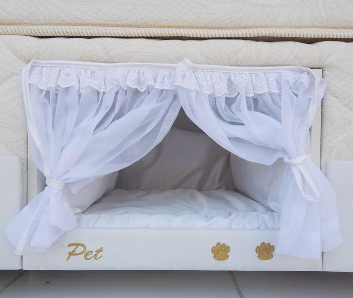 Megérkezett az ideális matrac kedvencednek és neked - beépített kutyaággyal