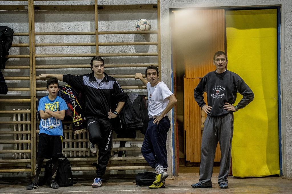 Focival a mélyszegénység ellen? - Salgótarjáni romáknak hozott létre egyesületet az edző
