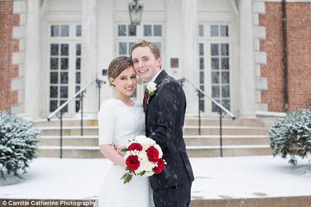Mindenki a nagy amerikai havazásban szeretett volna összeházasodni élete szerelmével- képek