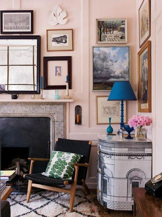 A kék és a rózsaszín nem csak a gyerekszobába valók – gyönyörű otthonok
