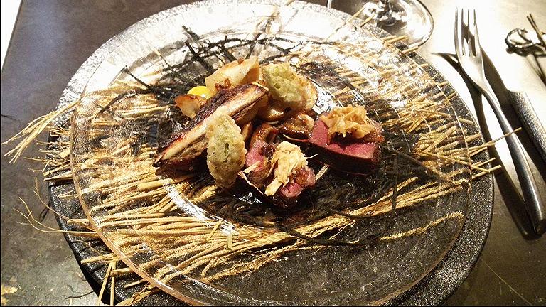 Porhanyós steak, Hokkaido szigetéről, itt már az