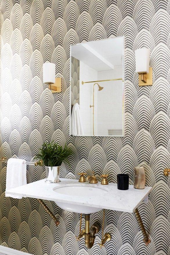 Stílus és elegancia a fürdőszobában is. Az art deco csak minőségi alapanyagokat használ.