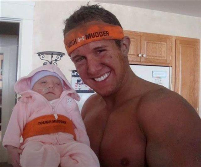 Cori 25 éves fia és Emmalyn