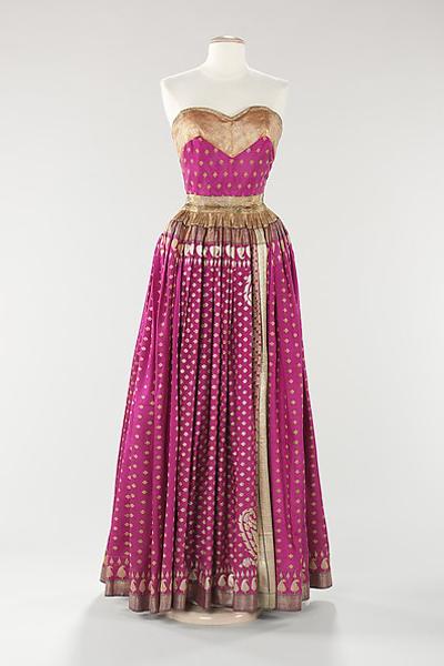10 estélyi ruha  amúlt századból, ami ma is menő lenne