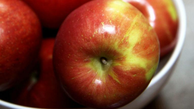3 mód, ahogy az alma segíthet a fogyásban