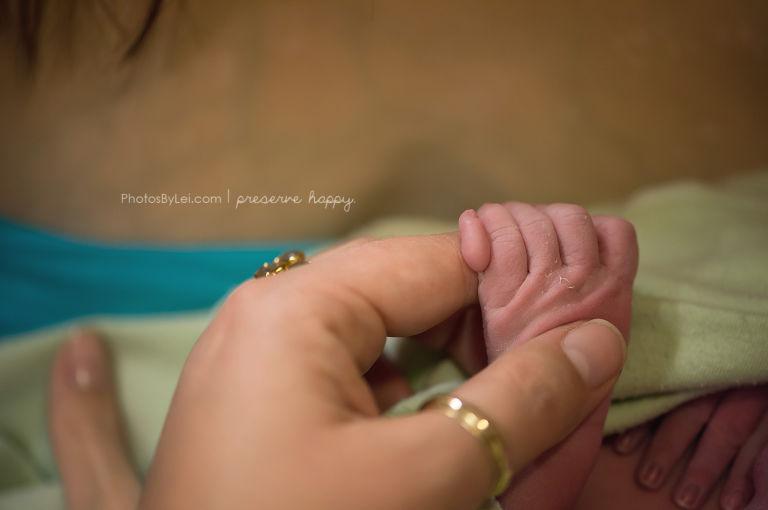 14 fotó és történet a szülés nyers valóságáról