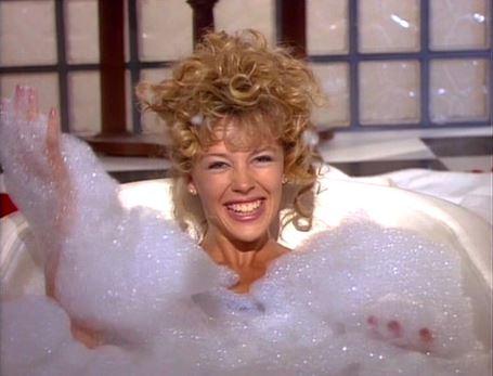 Kylie Minogue ma és 30 éve: látsz különbséget?