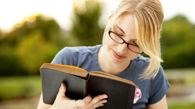 Az olvasás az egyik leghasznosabb hobbi