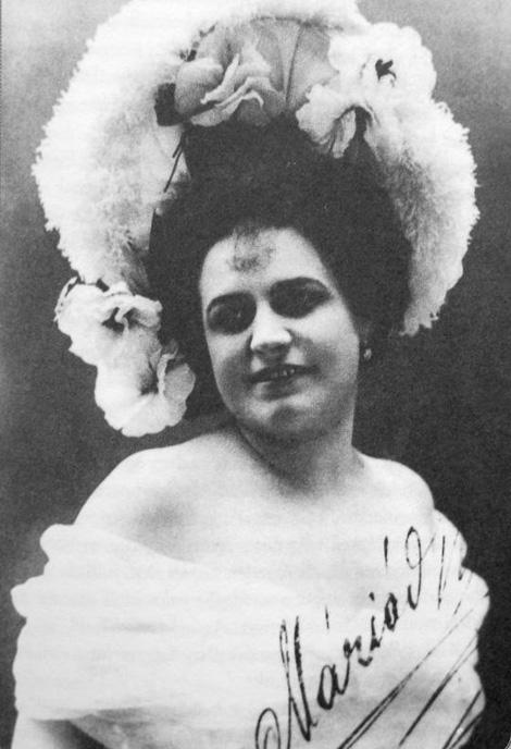 Rienzi Mária dedikált fotója Adynak