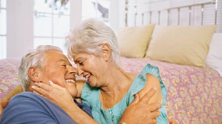 Kiderült: az időskori szex jobb agyműködéshez vezet