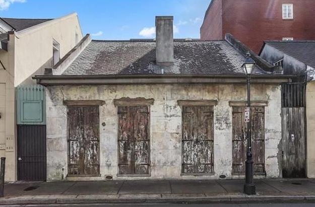 9 ház, ami kívülről nagyon lelakott, de belül úgy tündököl, hogy arra nincsenek szavak - képek