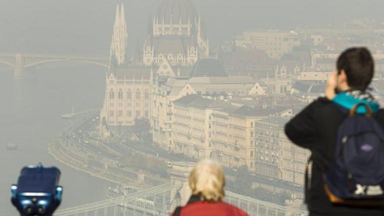 Szmog Budapest felett - MTI Fotó: Szigetváry Zsolt