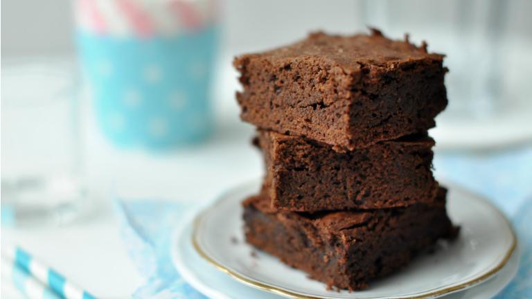 A csokis sütik királynője! Készíts te is fahéjas brownie-t!