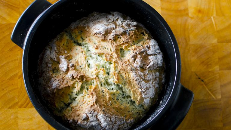 Nem szeretsz dagasztani? Készíts ír szódás kenyeret!