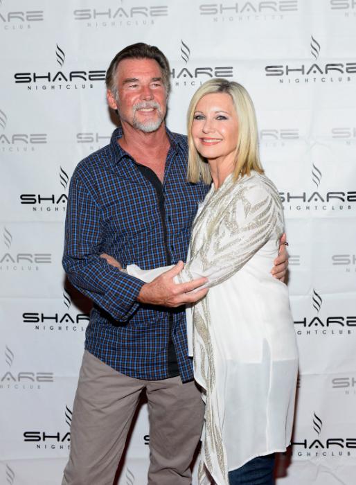 Easterlinggel 2008-ban házasodott össze a s