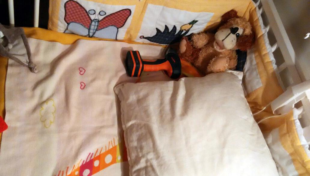 Orosz szótár és fúrógép – 20 őrült hálótárs a gyerekek ágyában