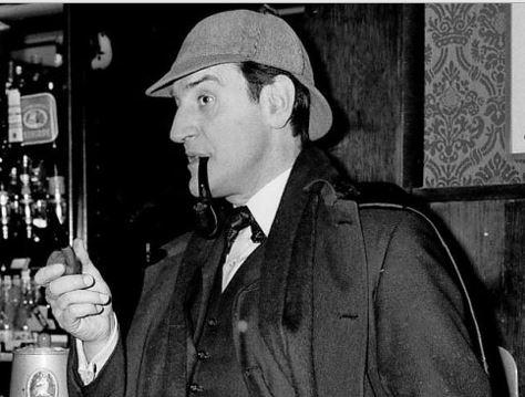 Meghalt a leghíresebb Sherlock Holmes, Douglas Wilmer