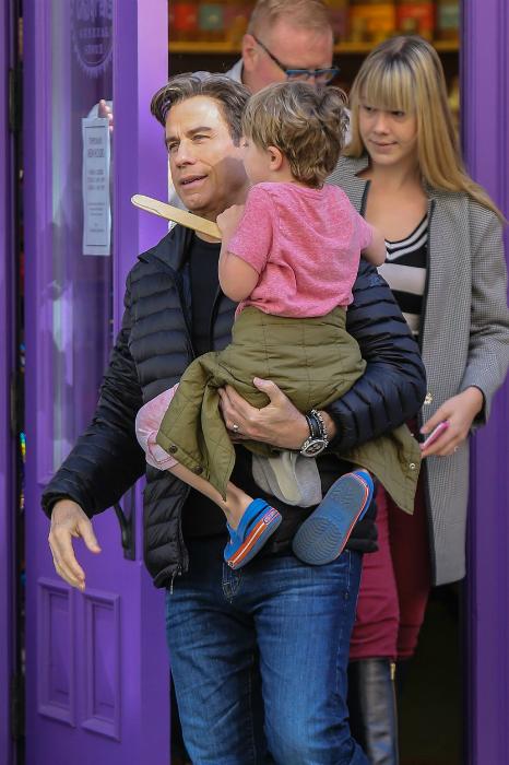 Ő John Travolta ötéves kisfia