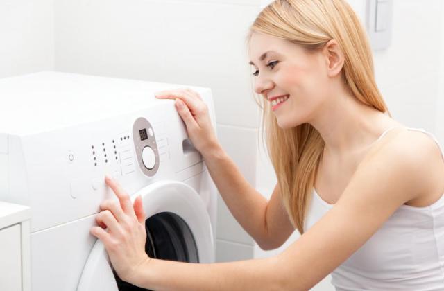 Így tisztítsd ki a mosógéped – egyszerű és olcsó otthoni trükkök!