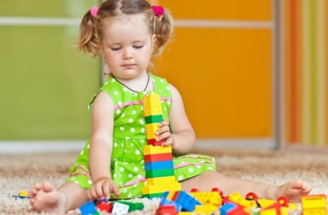 A játék a kulcs a zárkózott gyermekhez