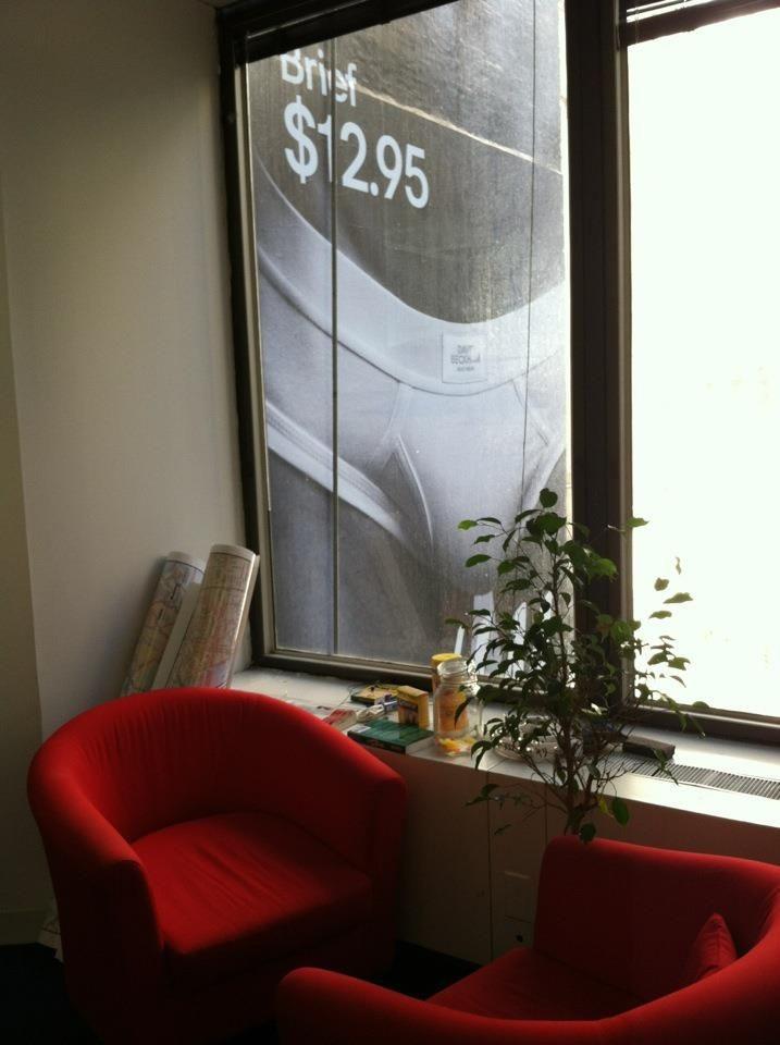 Ennek az irodának van a legjobb vagy legrosszabb kilátása