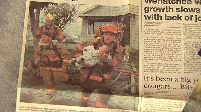 17 év után újra találkozik a tűzoltó a kislánnyal, akit megmentett