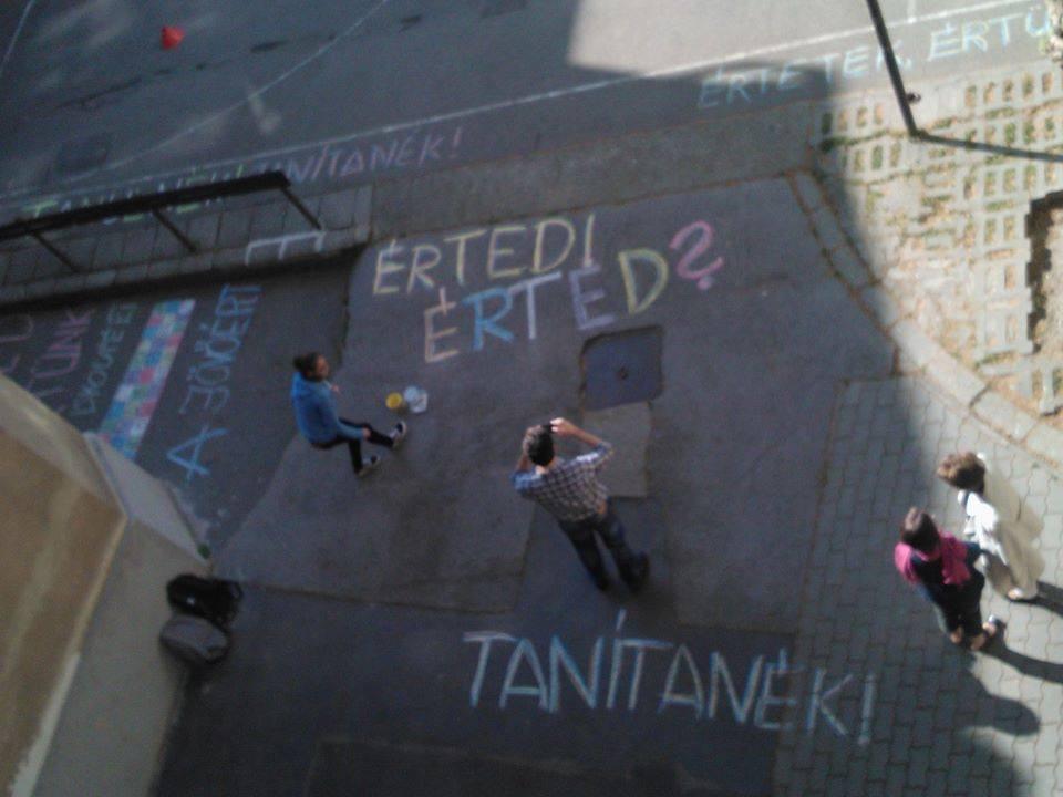 Pedagógussztrájk: leállt az élet az iskolákban - ÉLŐ