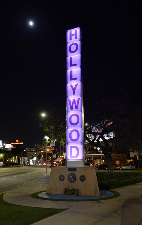 Az út menti Hollywood felirat Los Angelesben