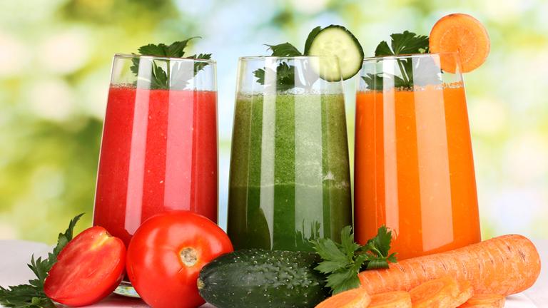 A gyümölcs-, és zöldséglé egészséges és jó - csak éppen nem méregtelenítésre (Fotó: Tumblr)