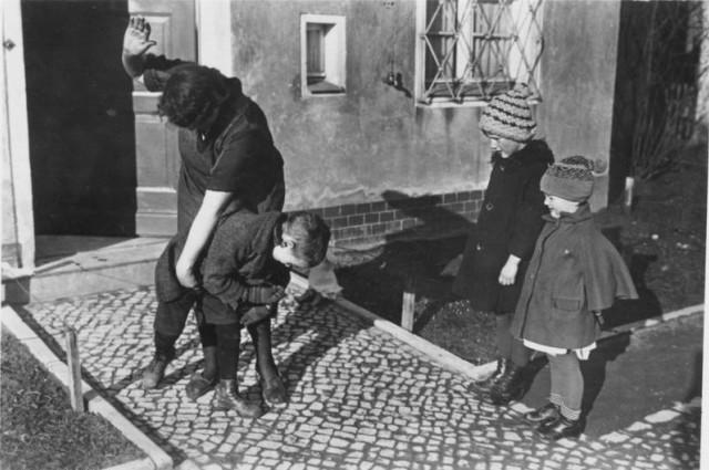 Az elfenekelés is gyerekbántalmazás - állítja egy új tanulmány