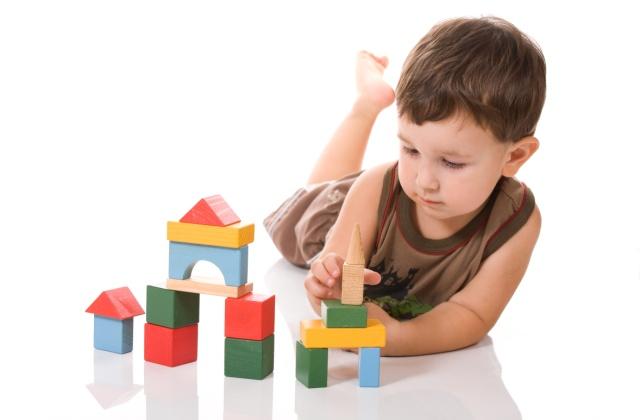 Egy finom játék? - Így fejlesztheted gyermeked finom mozgásait