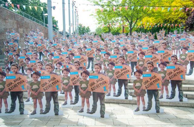 Anyák napi kampányba kezdtek az SOS Gyerrmekfalvak