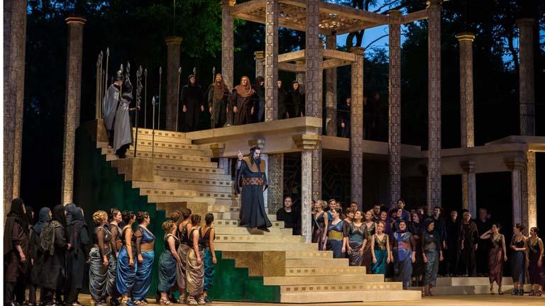 Goldmark Károly: Sába királynője c. operabemutató monumentális díszlete a Margitszigeten (Fotó: Nagy Attila, 2015)