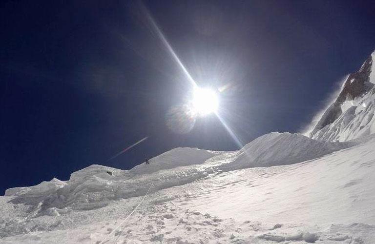 a jégomlás- és lavinaveszélyes Crosshair kuloár