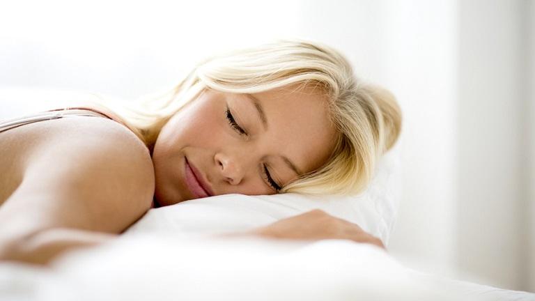 Csupán ez a két összetevő választ el a jó alvástól - edd őket minden este!