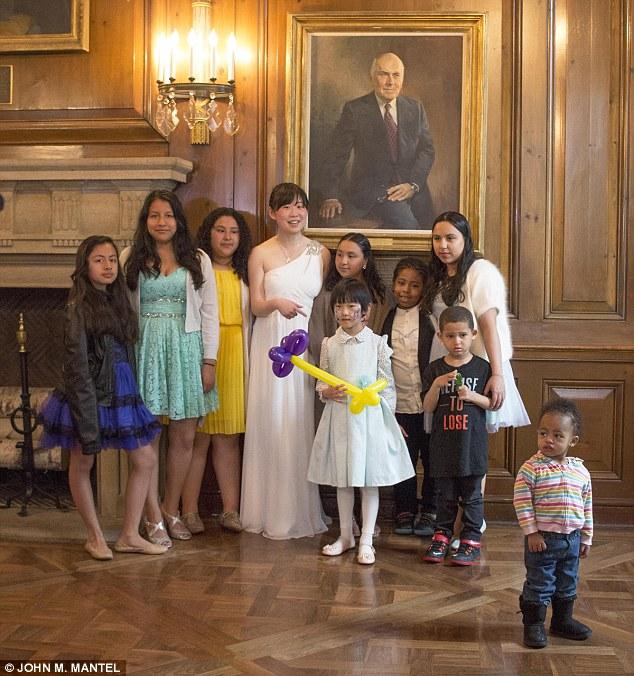 Rászoruló gyerekeket látott vendégül meghiúsult esküvője lagziján a menyasszony