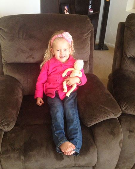 700 grammal született a kislány – most ünnepelte ötödik születésnapját