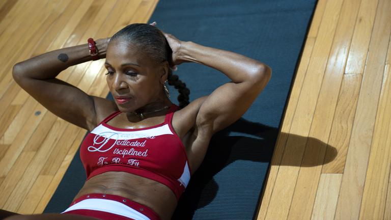 Ernestine Shepherd 78 éves, a világ egyik legidősebb testépítője